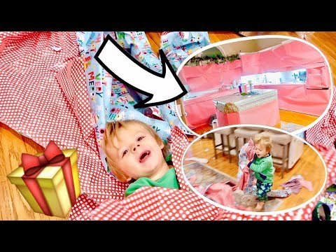 GIFT WRAP PRANK on ENTIRE Kitchen! | Vlogmas Day 26 | Cullen & Katie