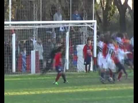3º Gol de Matienzo, error del linea Salvatore (Bell Ville)