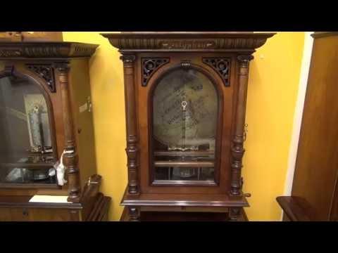 Polyphon: Antique disc music box