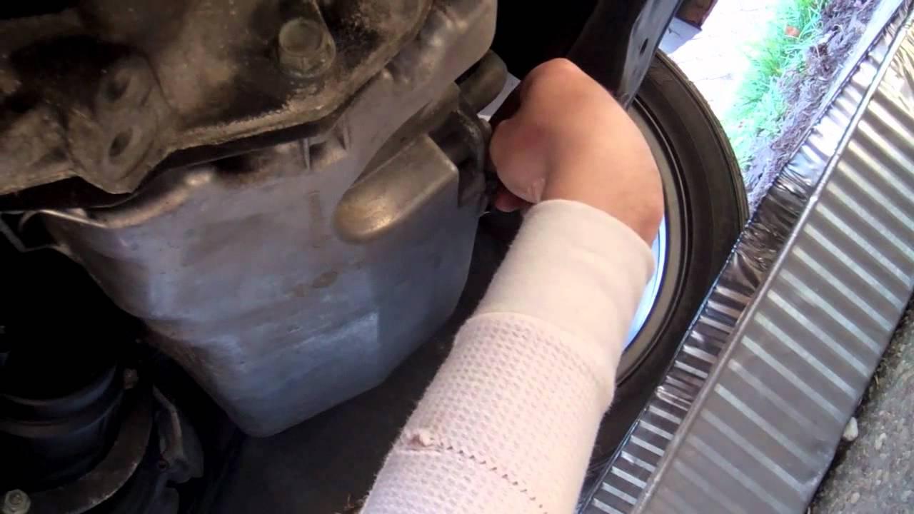 Volkswagen Golf R >> How To Change Oil In A Volkswagen 1.8t - YouTube
