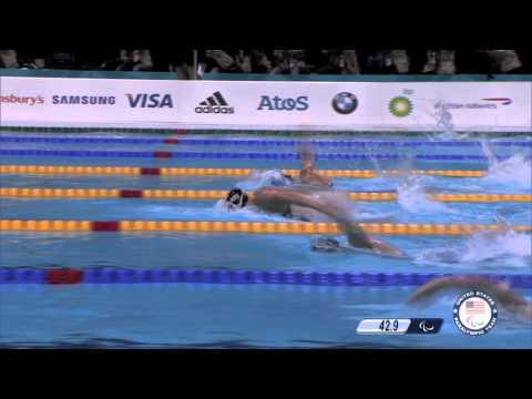 Jessica Long wins gold in women