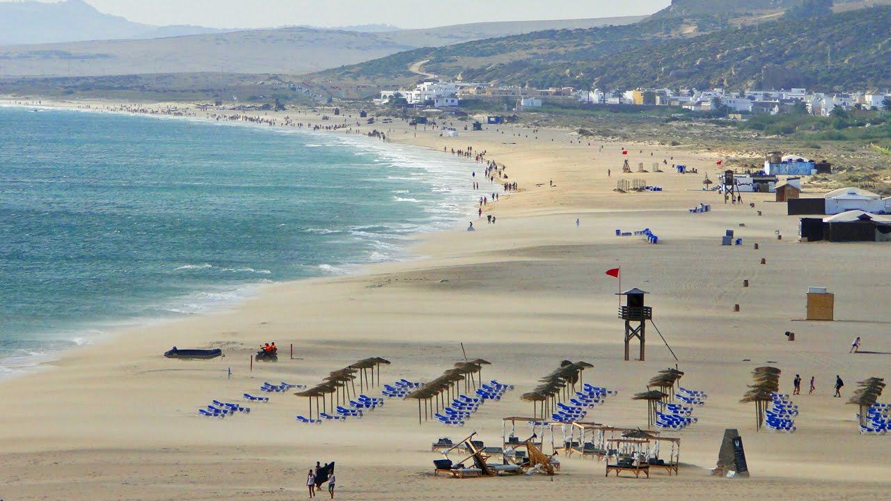 Playa de Zahara de los Atunes - YouTube