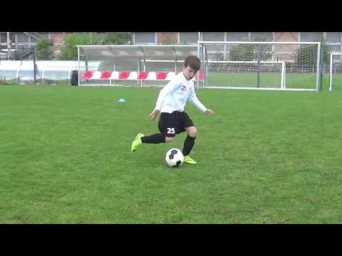 coerver ball mastery, nácvik kliček, souboje SK Slavia Praha 2009 (U8)