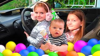 Wheels on the bus Compilation | Kids are in the car Sara and Sofia story