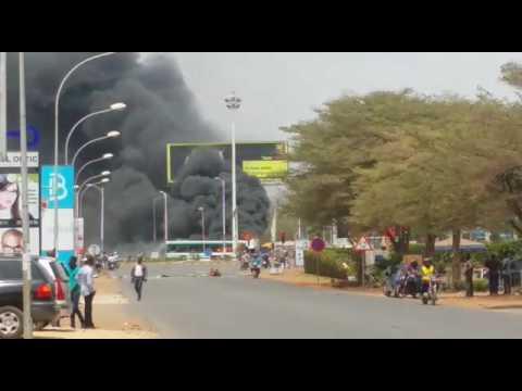 Révolte à Lomé: le carrefour GTA aux mains des jeunes manifestants
