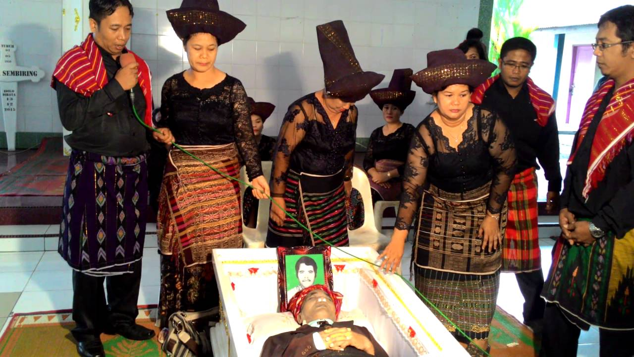 Upacara Kematian Adat Batak Karo (2) by Mascaya PestControl