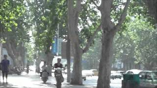 卫辉市出租司机到河南省委门前静坐,郑州下岗工人在市委门前喊冤