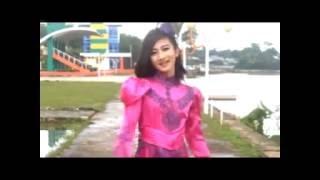 AGNES - Gadi Gunuang Toar
