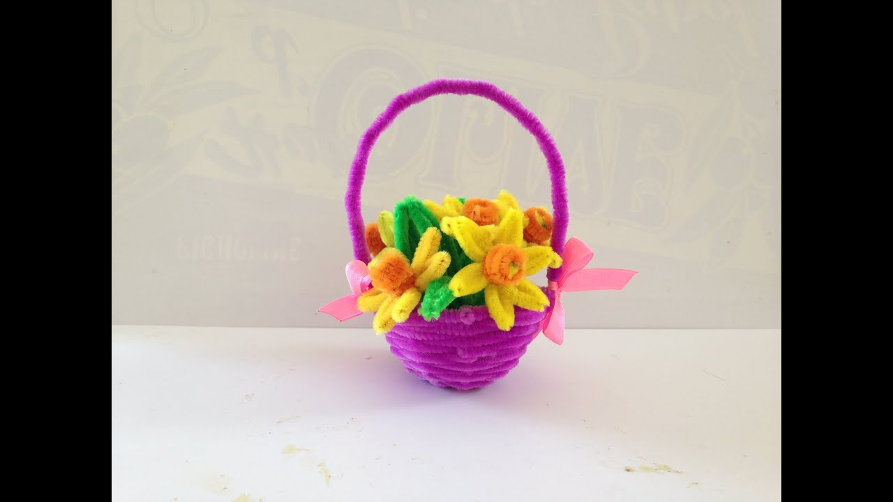 How to make a pipe cleaner basket youtube for Small flowers for crafts