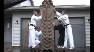 Karate công phá Tay không chặt vỡ 35 viên gạch thumbnail