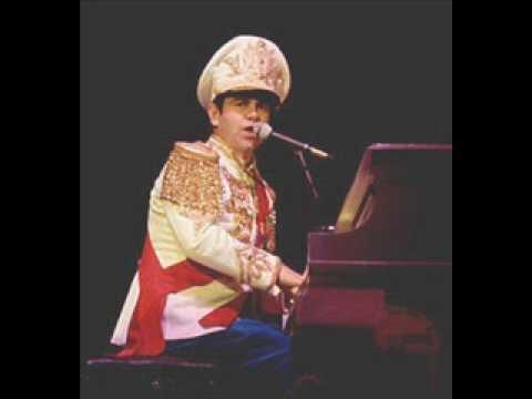 Captain Fantastic - Elton John