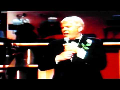 Johnnie Ray  -  Cry  {1982 Live at Holland}