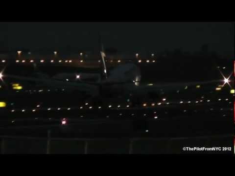 *NIGHT TIME # 1* WestJet Boeing 737-7CT [C-FWCC] Landing at LGA