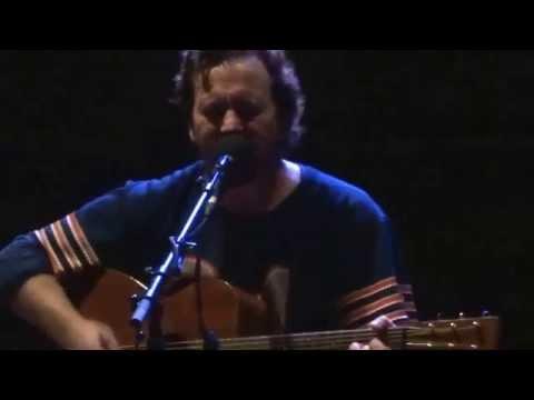 Eddie Vedder / Speech - I am Mine / Meco, Portugal / 18.07.2014