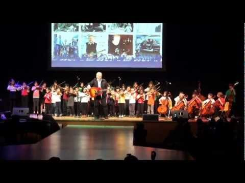 Sistema Toronto performing with Randy Bachman, Taking Care of Business
