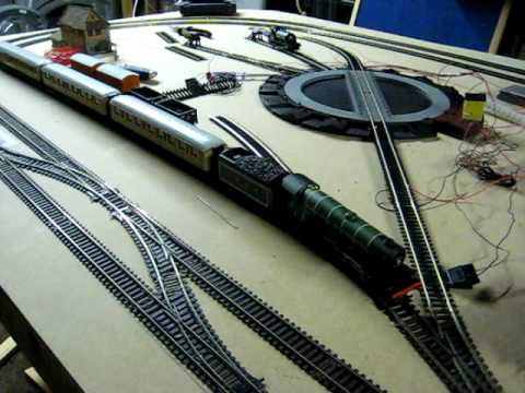 My First DCC Model Railway – Trains Running on my Layout