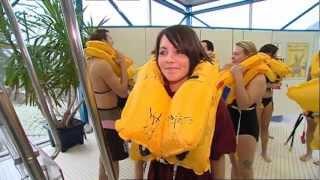 Flugbegleiterausbildung im Wasser