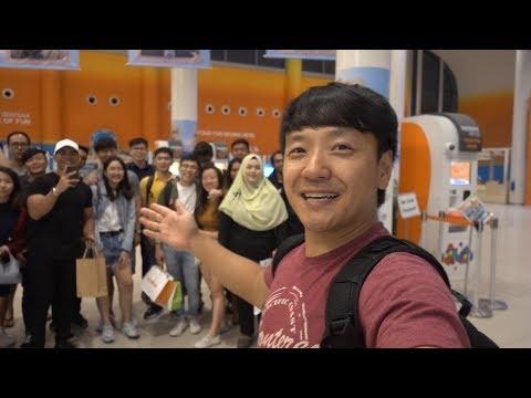 Island Hotel & Fan MEET-UP tại Singapore