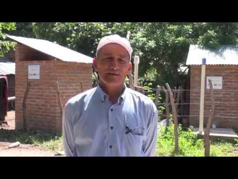 SAG-EmprendeSur  entrega a la comunidad de El Tulito, 84 baños lavables a igual número de familias.