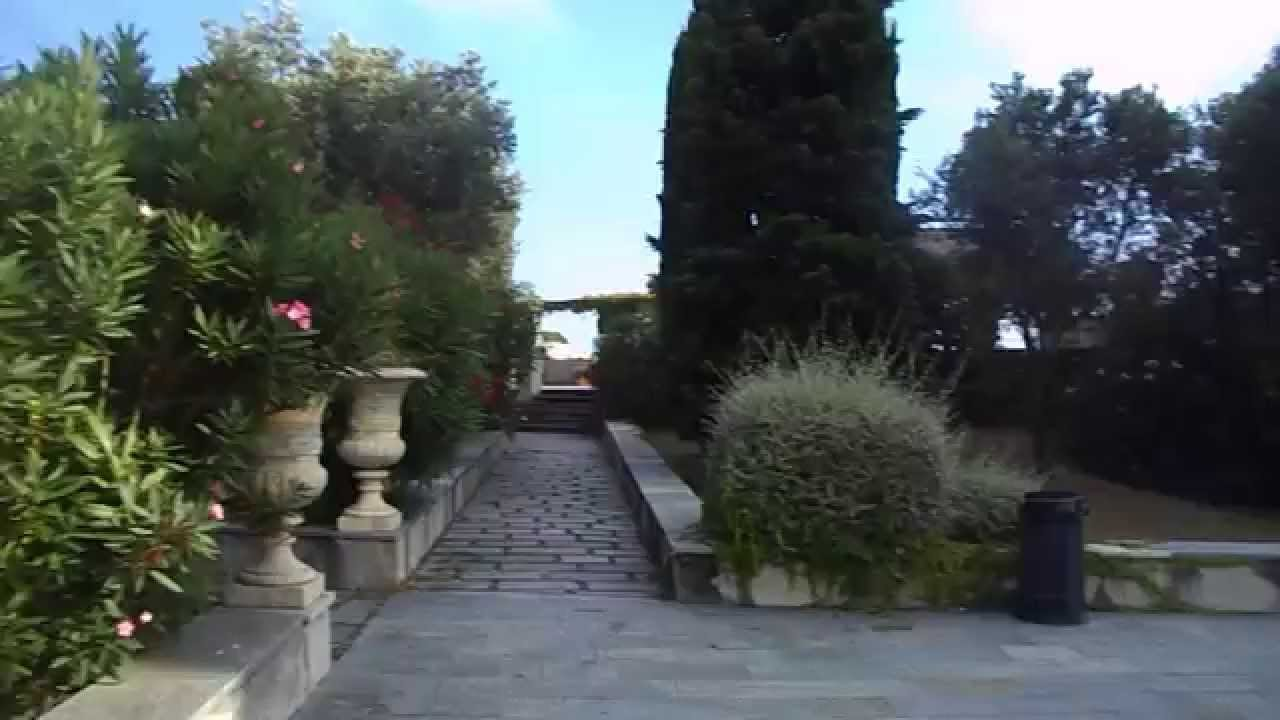 Comparsa di Beatrice - Giardino pensile della Facoltà d'Architettura di Genova - YouTube