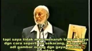 Sheikh Ahmad Deedat - Dialog Dengan Paus (2of11)