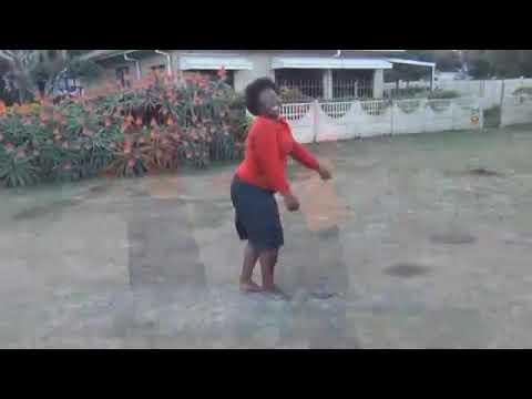Download Sophie Ngcele - Khangelani izibele