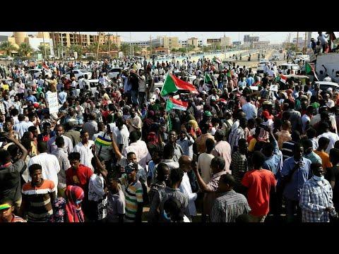 ...السودان: قوى إعلان الحرية والتغيير تجدد دعمها لحمدوك  - نشر قبل 35 دقيقة