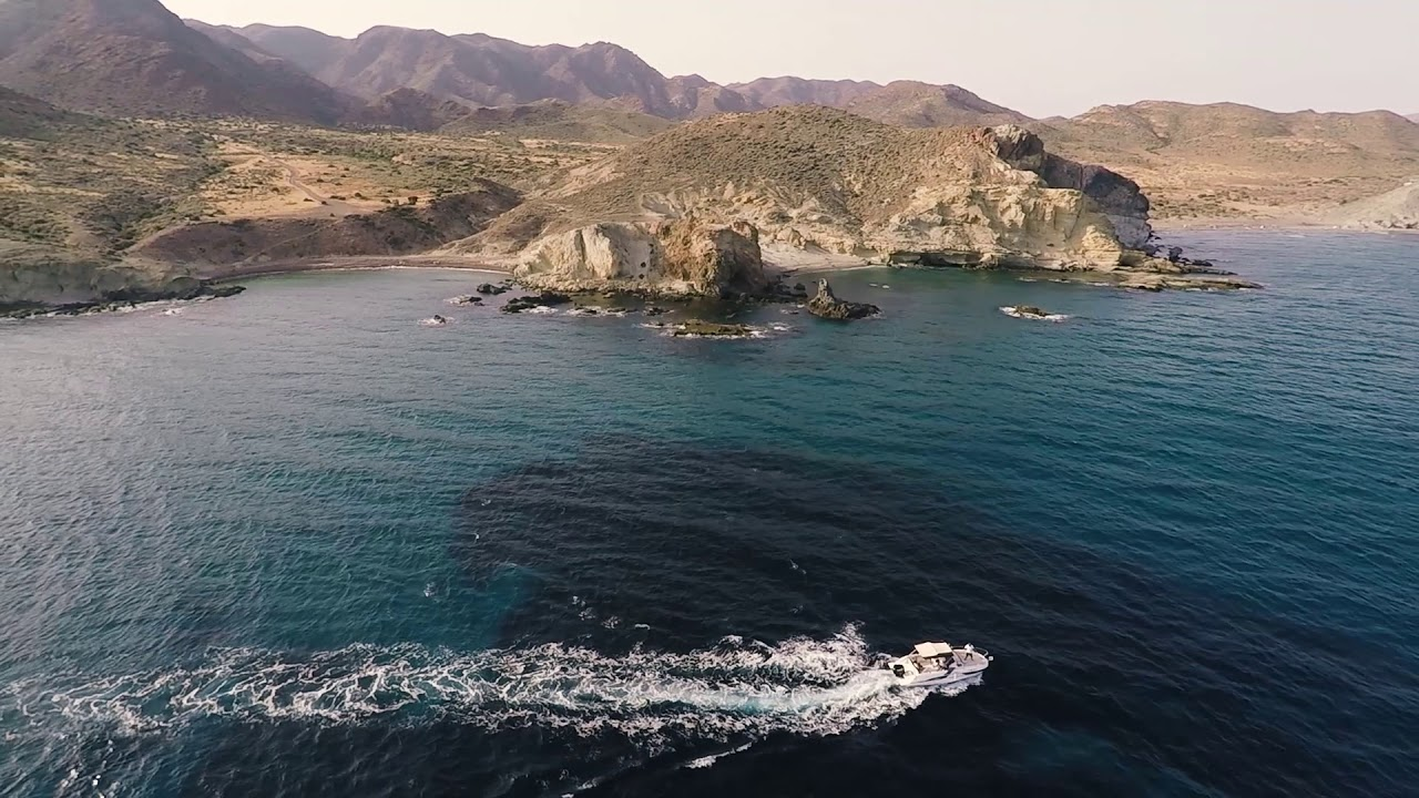 El mar y las calas solitarias del Cabo de Gata