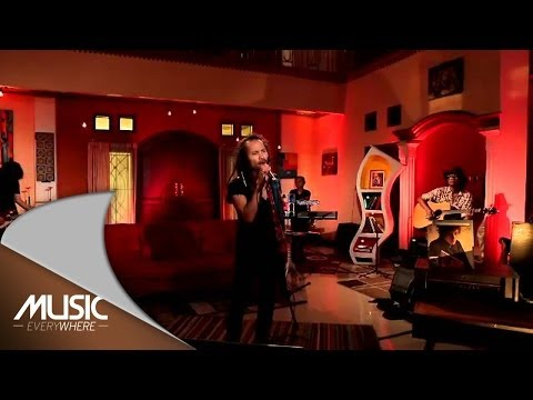 Ipang Lazuardi - Sekali Lagi (Live at Music Everywhere) *