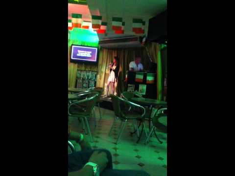 Alice Riley singing I'm yours on karaoke