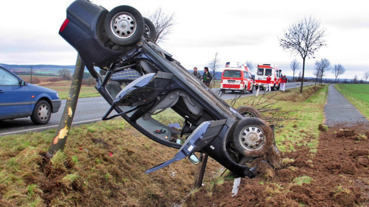 ▻ Extreme und tödliche Autounfälle / Nix für schwache Nerven ...