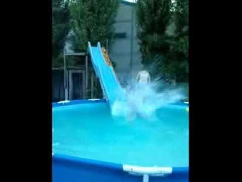 Waterglijbaan in de tuin waterslide in the garden youtube - Outs zwembad in de tuin ...