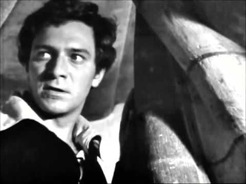 "Christopher Plummer - Hamlet ""To be or not to be"" soliloquy"