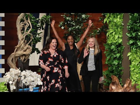 'The Kitchen' Stars Melissa McCarthy, Tiffany Haddish, & Elisabeth Moss Dance It Out