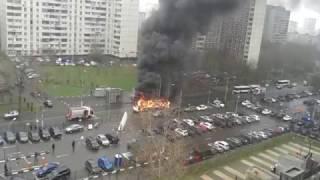 На ул. Мусы Джалиля сгорел рейсовый автобус