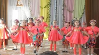 Дети танцуют  танец Шалунишки(На видео дети дошкольники танцуют танец шалунишки в детском саду., 2015-03-18T10:35:04.000Z)