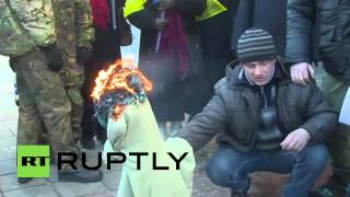 Ukraine: Burning anger! Activists rally against Kiev