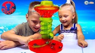 Челлендж от Ярославы и Игорька! Веселая игра для детей. Family Fun Game for Kids KerPlunk Challenge