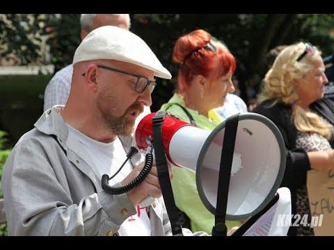 Protest KOD i Partii Razem przeciw polityce PiS