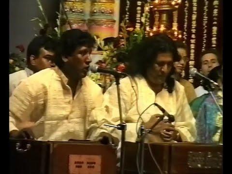 1999-0325 Music At Public Program, Pune, India