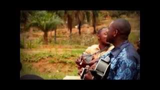 "Video Joseph Lumbala - Athoms Mbuma "" KOMBO NA YESU "" download MP3, 3GP, MP4, WEBM, AVI, FLV November 2017"