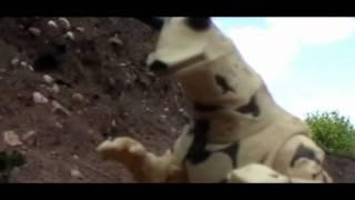 Windam vs. Eleking (short toy battle)