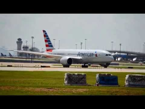 American Airlines 787-8 Dreamliner (AA127) taking off at DFW International Airport (N804AN)