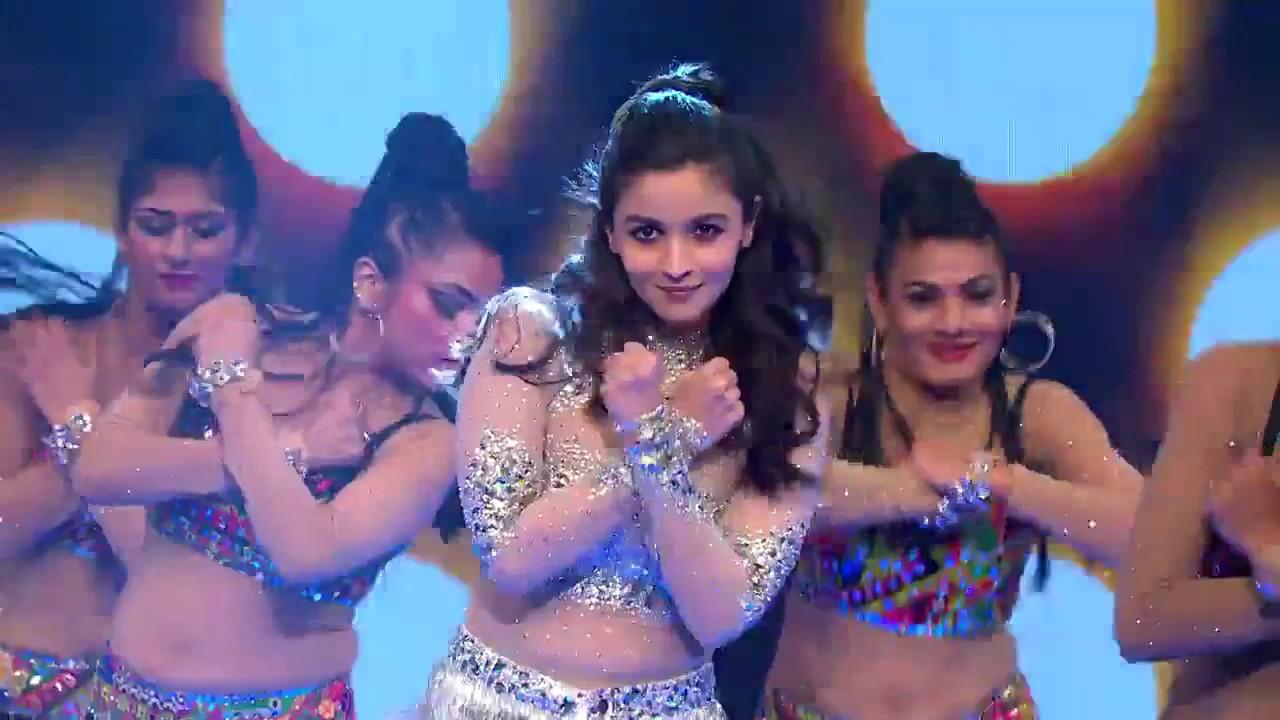 Download Alia Bhatt performs Tesher's Kay Gayi Chull remix at Miss India 2017