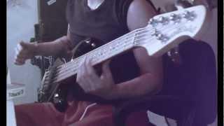Los Tetas - primavera (Bass Line)