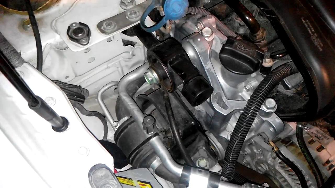 Nissan tiida ruido motor