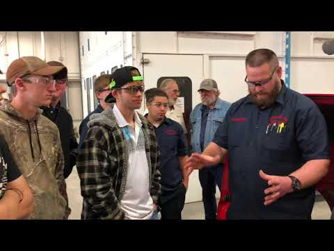 Peterbilt of Sioux City hosts WITCC students