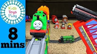 Thomas and Friends Accidents Happen Train Crashes with Lego Duplo and Thomas Trackmaster | Thomas