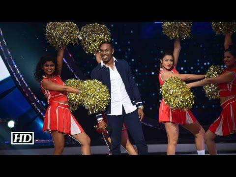 Jhalak Dikhhla Jaa 9: Dwayne Bravo FLAUNT His Moves