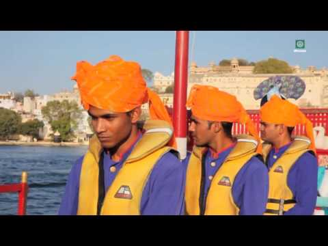 Carlos Mundy in MIS HOTELES FAVORITOS  Taj Lake Palace (Udaipur)
